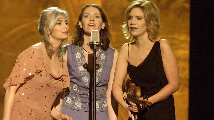 Flashback: 'O Brother, Where Art Thou' Wins Album of the Year Grammy