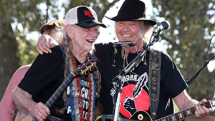 Willie Nelson, Neil Young, Sheryl Crow to Headline Outlaw Music Festival