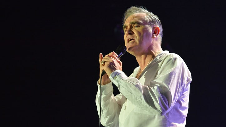 See Morrissey's Earnest Ramones Cover at Brooklyn Concert
