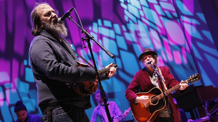 Hear Steve Earle and Buddy Miller's Bluegrass Jam 'Freight Train'
