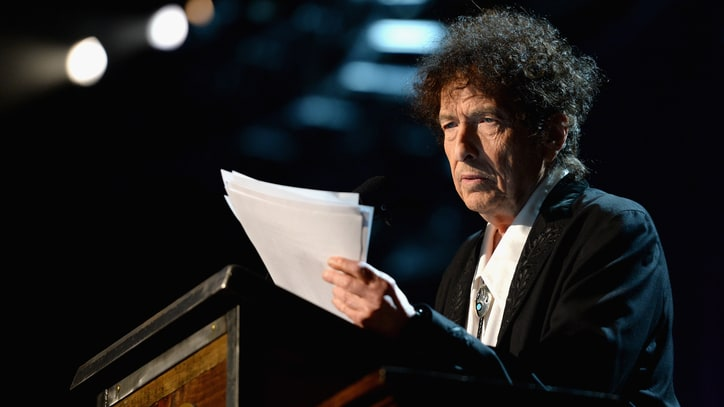 Hear Bob Dylan Recite His Nobel Prize in Literature Lecture