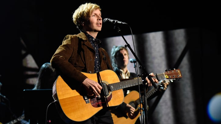 Beck Plots North American Summer Tour