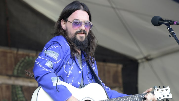Hear Shooter Jennings' Live Record Store Day Song With Waylon's Band