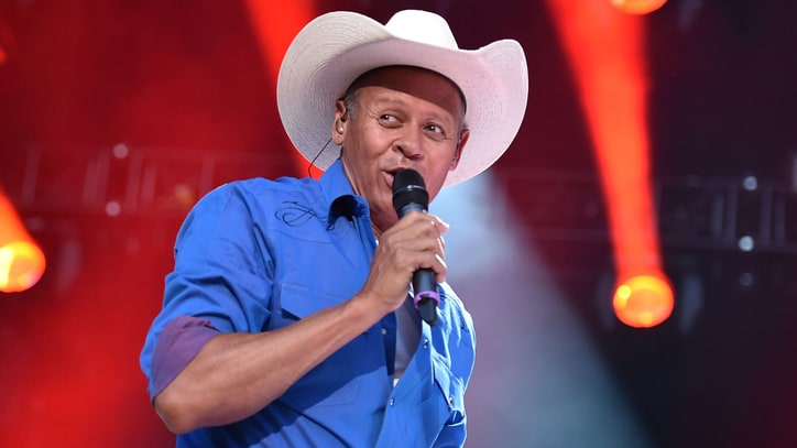 Hear Neal McCoy's Smooth Cover of Ray Charles' 'You Don't Know Me'