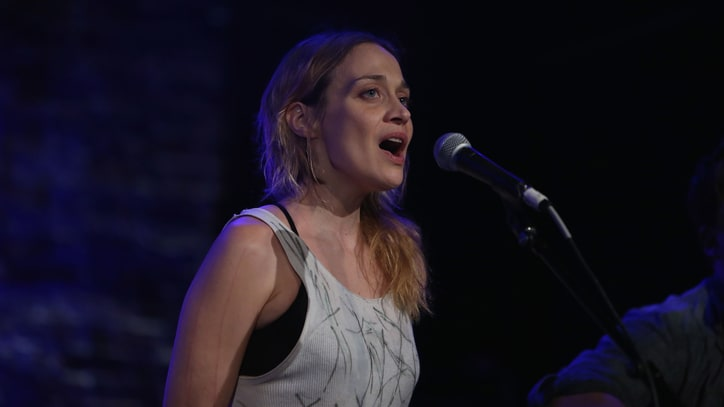 Watch Fiona Apple's Riotous Frankie Valli Cover for Valentine's Day