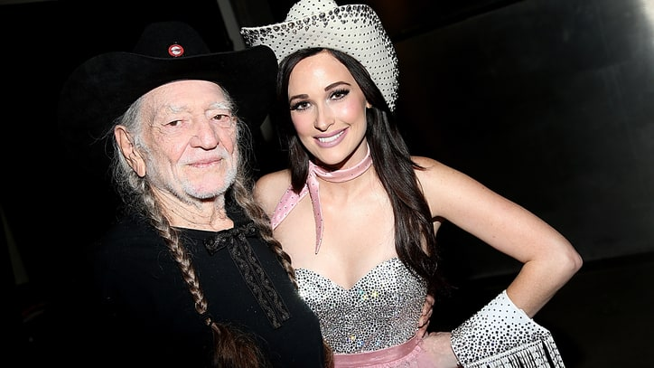 Kacey Musgraves Taps Willie Nelson for Christmas Album
