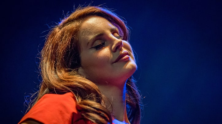 Hear Lana Del Rey's Anthemic New Single 'Love'