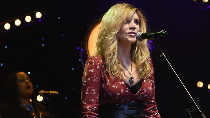 Hear Alison Krauss' Gorgeous Brenda Lee Cover 'Losing You'