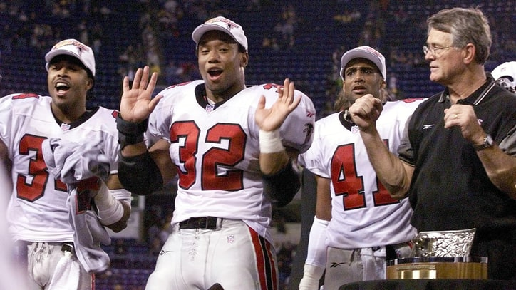 Super Bowl 51: How 'Dirty Bird' Dance Became an Atlanta Falcons Legend