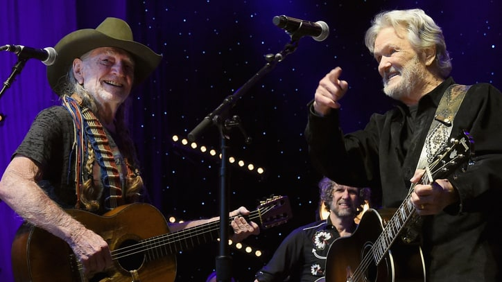 Willie Nelson, Kris Kristofferson Score Surprise Grammy Nominations
