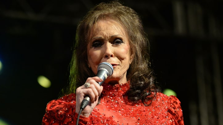 Loretta Lynn on Grammys, Trump and Why Women's March Needed More 'Class'
