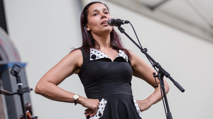 Hear Rhiannon Giddens' Jovial New Song 'Hey Bebe'