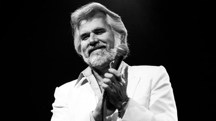 Kenny Rogers, Kris Kristofferson to Receive Texas Medal of Arts Honor
