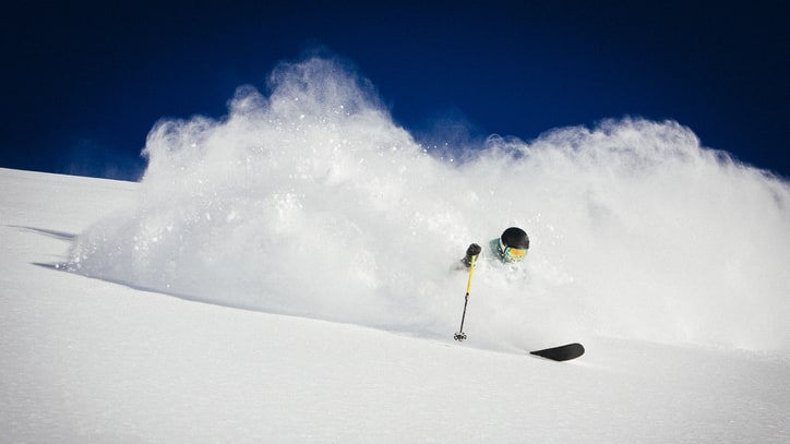 Last-Chance Skiing: Sick Spring Deals to Jump on Now