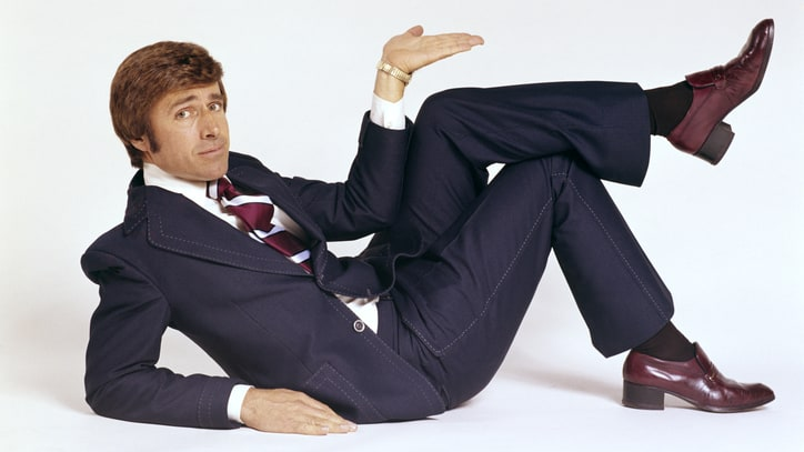 11 Signs You Need a New Suit