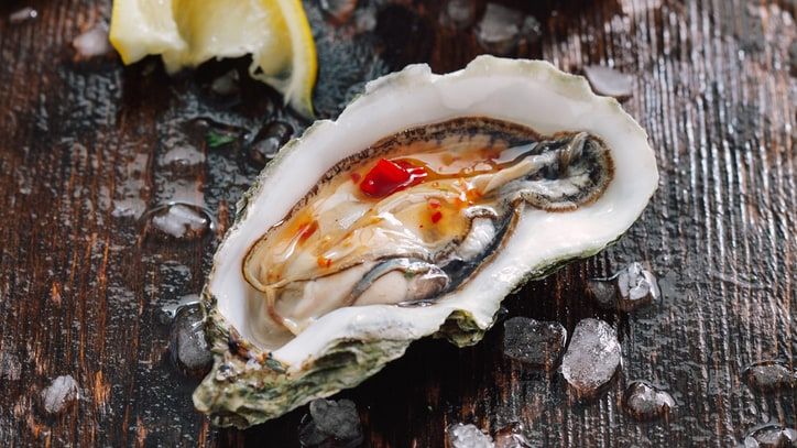 Should a Rise in Food Poisoning Worry Oyster Lovers?