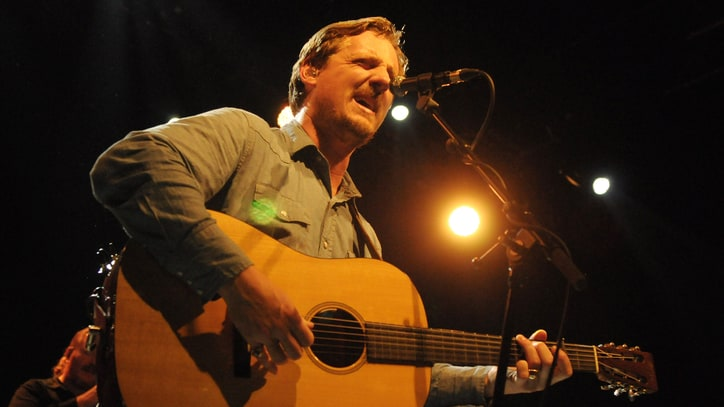 Sturgill Simpson Embodies Crossover Success With Brooklyn Blowout