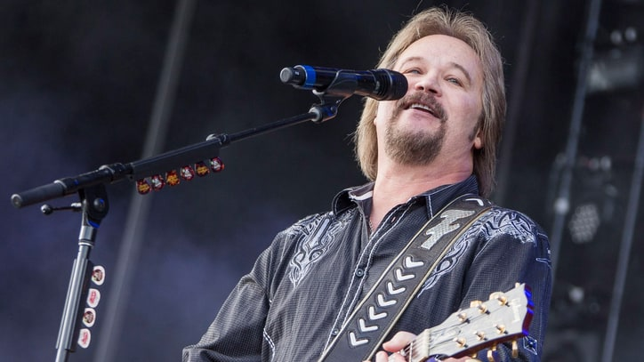Travis Tritt Talks Twitter, Beyonce and Going Acoustic on New Album
