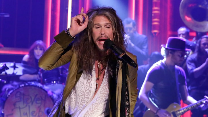 Steven Tyler Brings 'Country As I See It' to Rock-Heavy Nashville Gig