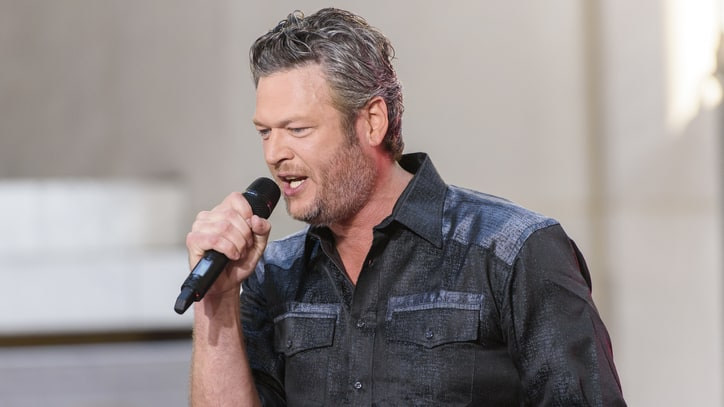 Blake Shelton Spars With Westboro Baptist Church