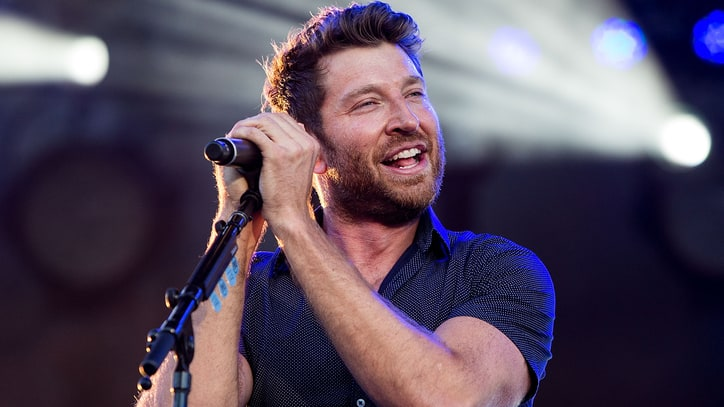 Brett Eldredge Plans Big Band Christmas Album