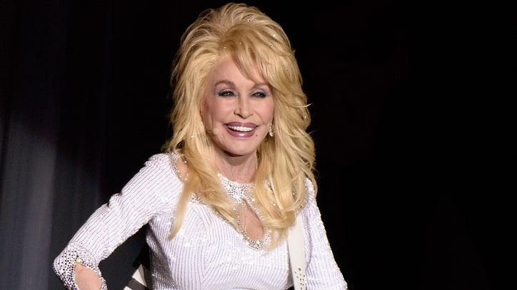 See Dolly Parton and Pentatonix Team Up for Smooth 'Jolene'