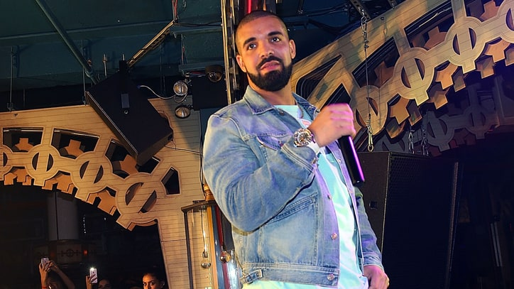Drake Honors Shania Twain at Nashville Concert