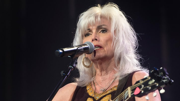 Emmylou Harris Dazzles With 'At the Ryman' Anniversary Concert