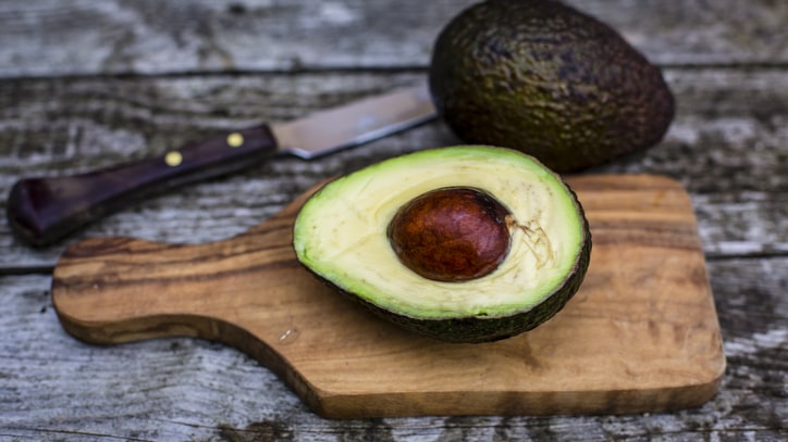 How to Keep Half an Avocado Fresh