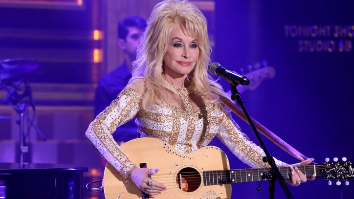 'Forever Country': Hear 30 Stars Sing Epic Willie, Dolly, Denver Medley