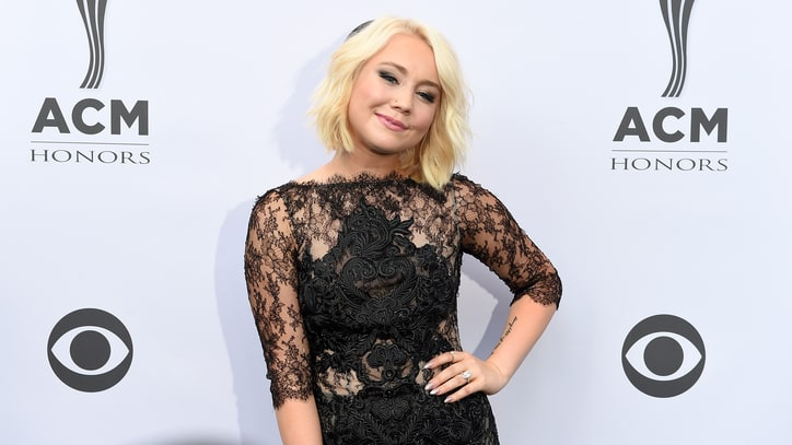 RaeLynn Readies New Album 'WildHorse'