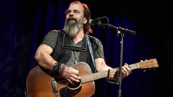 Steve Earle Talks New Album, Why He 'Wanted to Hate Merle Haggard'