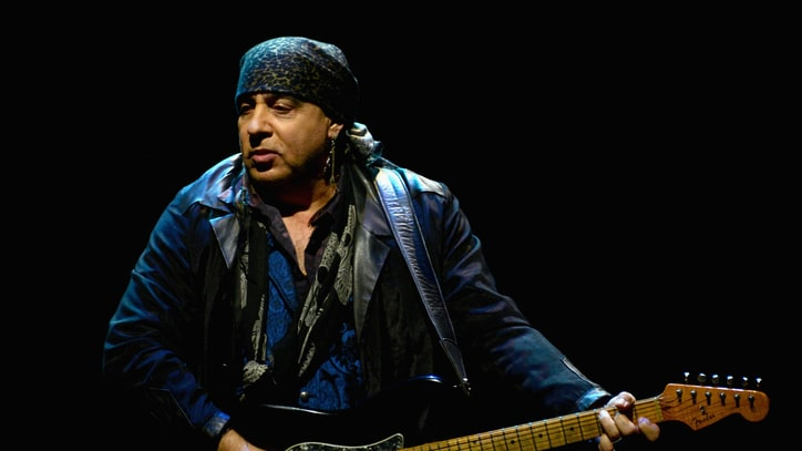 Steven Van Zandt Calls on 'Hamilton' to Apologize to Mike Pence