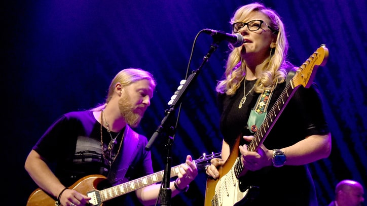 See Tedeschi Trucks Band's Smoldering George Jones Cover