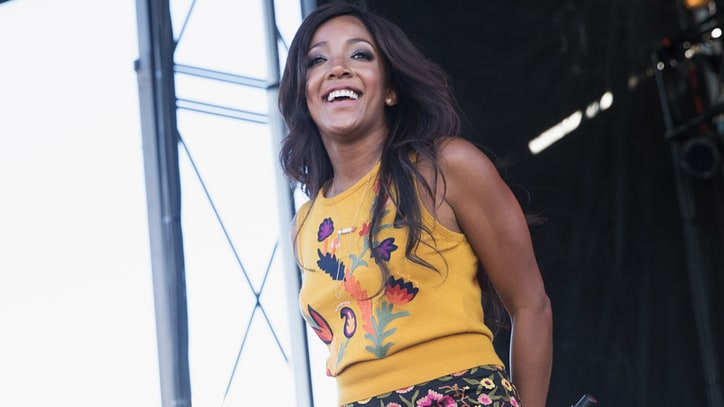 See Mickey Guyton's Spunky 'Heartbreak Song' on 'Today'
