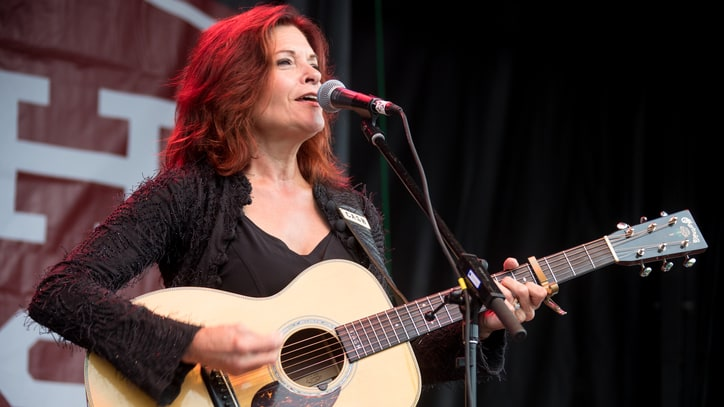 Rosanne Cash Plots 'King's Record Shop' 30th Anniversary Release