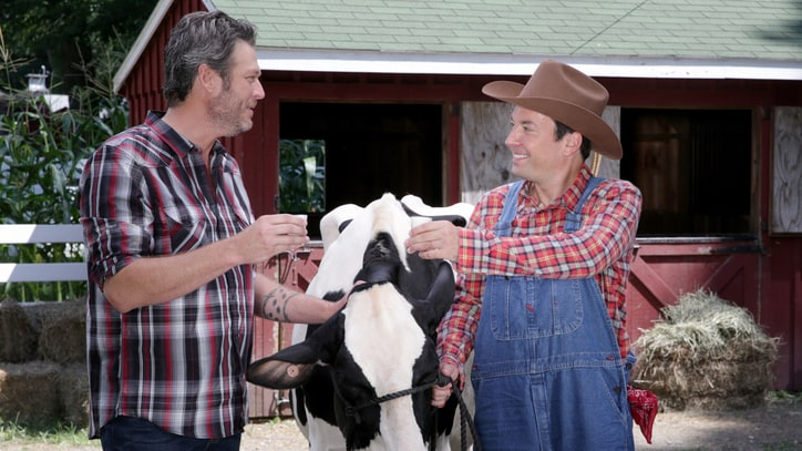 Watch Blake Shelton Show Jimmy Fallon How to Milk a Cow