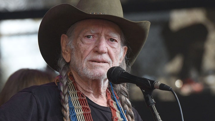 Willie Nelson Cancels Shows Due to Illness