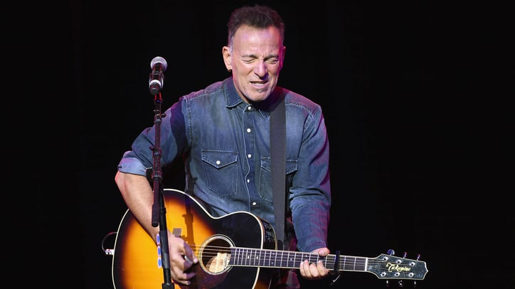 Bruce Springsteen Reveals Eight 'Desert Island' Songs