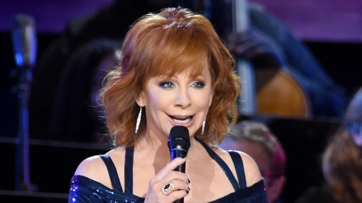 Reba, 'Desperate Housewives' Creator Plot New Series: Ram Report