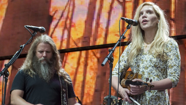 See Jamey Johnson, Alison Krauss' Sublime 'My Dixie Darlin'' at the Opry