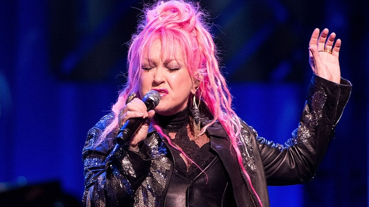See Cyndi Lauper's 'Heartaches' From 'Austin City Limits' Debut