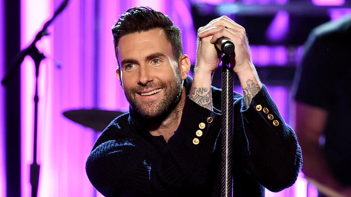 Watch Maroon 5, Kendrick Lamar Close AMAs With 'Don't Wanna Know'