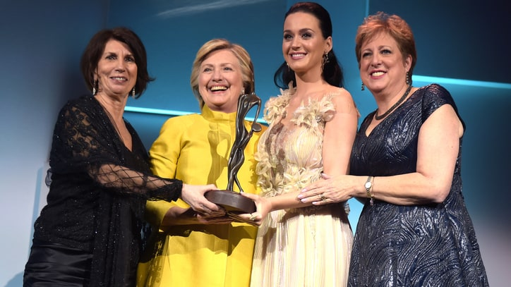 Hillary Clinton Presents Katy Perry With UNICEF Award