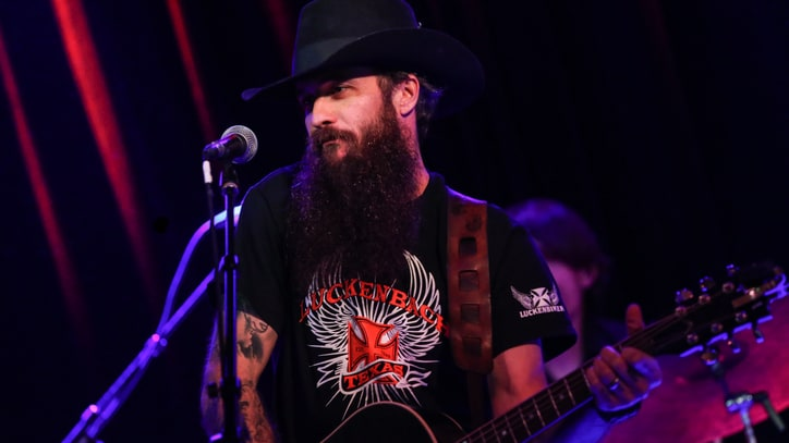 Hear Cody Jinks' Swirling Cover of Pink Floyd's 'Wish You Were Here'