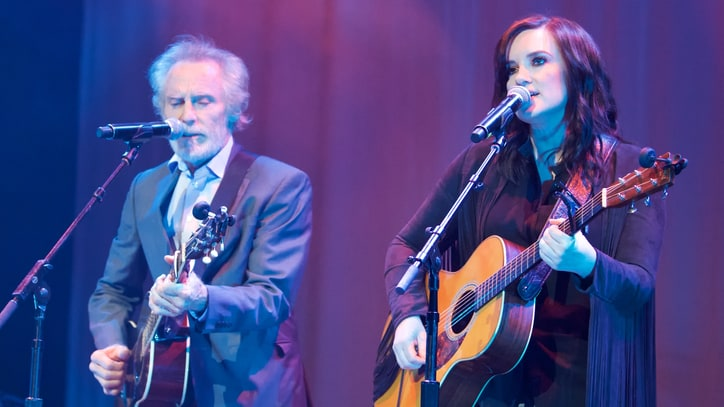 See Brandy Clark, J.D. Souther Honor Linda Ronstadt With 'Crazy Arms'