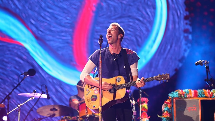 See Chris Martin Honor George Michael with Touching 'Last Christmas'