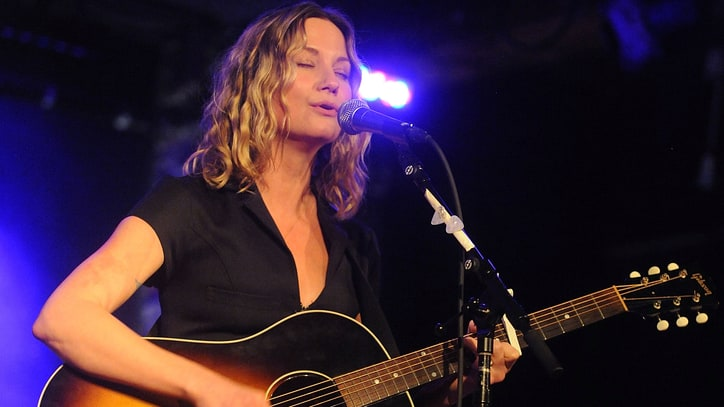 Hear Jennifer Nettles' Powerful Song for 9/11 Victims