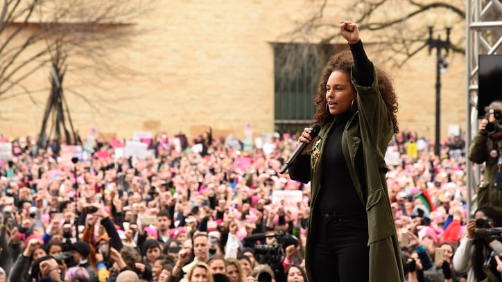 See Alicia Keys, Janelle Monae Perform at Women's March on Washington