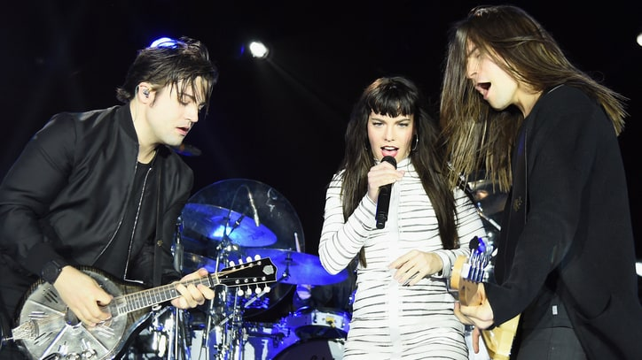 Band Perry to Unveil New Album With Intimate Pop-Up Shows